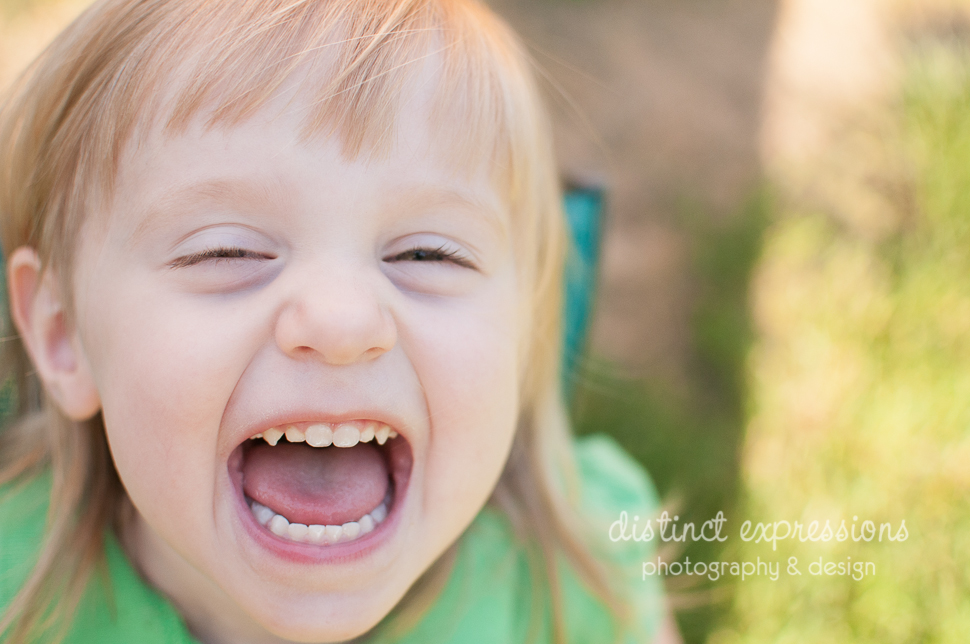 Grosse Pointe child and family photographer laughing girl
