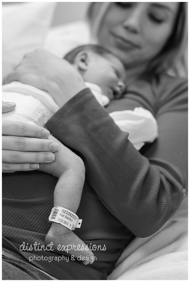 newborn-boy-hospital-portraits-grosse-pointe-photographer-12.jpg
